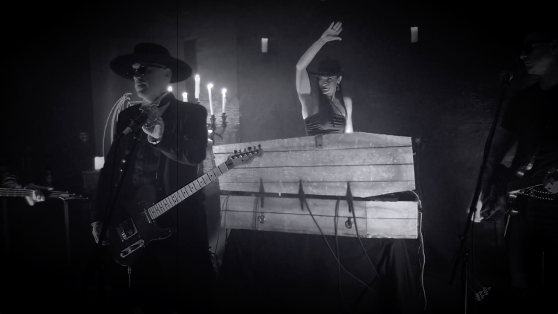 Southern Gothic Scions SONSOMBRE Release New Live Mini-Concert, Announce CD Pre-Order For Revival!