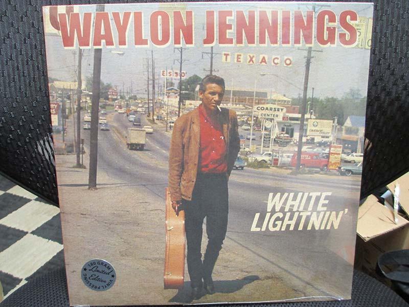Waylon Jennings - White Lightnin' (LP)